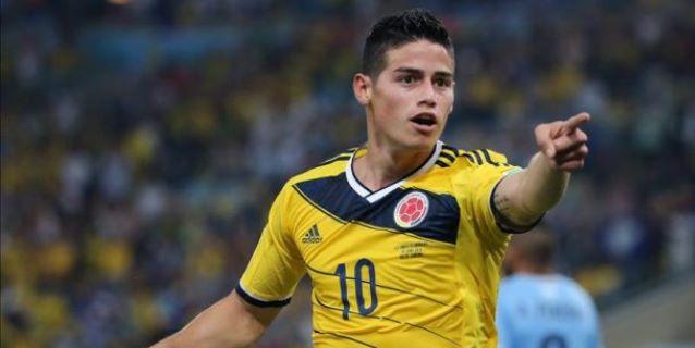 El centrocampista colombiano James Rodríguez celebra el segundo gol marcado ante Uruguay, durante el partido de octavos de final del Mundial de Fútbol de Brasil 2014, disputado en el estadio Maracaná. (EFE)