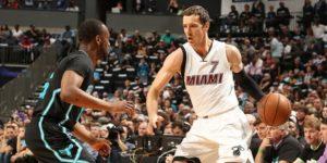 124-123. Holiday sella triunfo de Pelicans ante Heat; Mirotic, 10 tantos