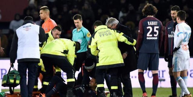 3-0. El PSG se exhibe en el clásico, pero Neymar se lesiona