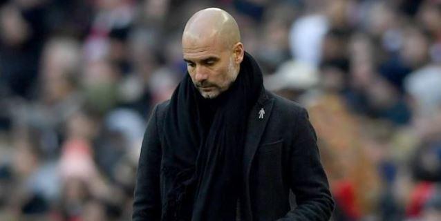 Guardiola desafía a la federación inglesa y luce el lazo amarillo en Wembley