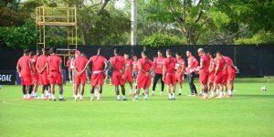 Perú se entrena por tercer día en Fort Lauderdale