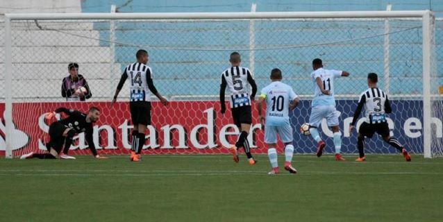 2-0. Real Garcilaso somete al Santos en la altura de Cuzco