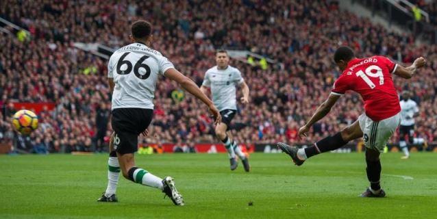 Rashford asienta al Manchester United en la segunda plaza y avisa al Sevilla