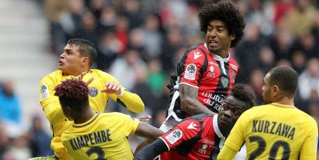 Di Maria y Alves llevan al Paris Saint Germain a la remontada en Niza