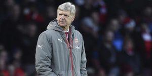 """Wenger """"transformó por completo el fútbol inglés"""", dice la Premier League"""