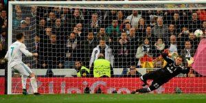Cristiano rescata al Real Madrid con un penal en el descuento