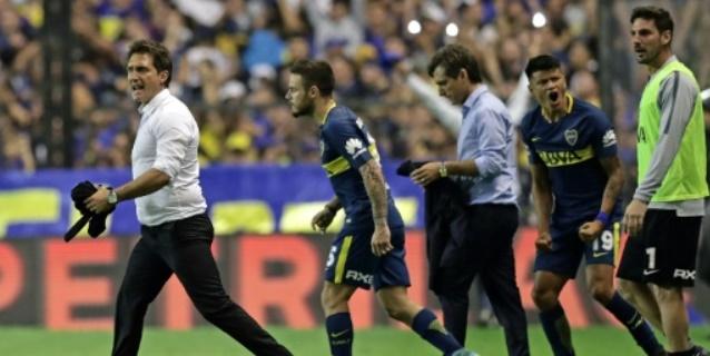 Líder Boca vence a su escolta Talleres y escapa hacia el título en Superliga argentina