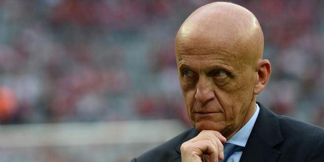 La FIFA selecciona 13 árbitros VAR y explicará en pantallas gigantes las decisiones