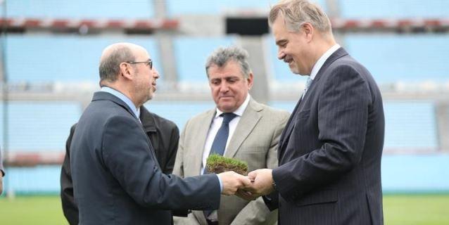 Uruguay viajará a Rusia acompañado por césped del mítico estadio Centenario