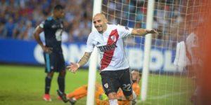 River Plate busca ser el único líder de su grupo ante un Emelec al borde de la eliminación