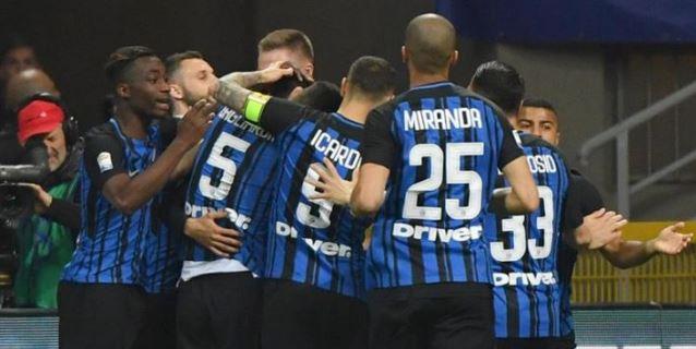 El Inter de Icardi golea 4-0 al Cagliari y se hace con la tercera plaza