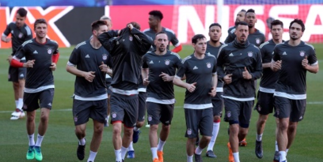 El Sevilla, a seguir haciendo historia ante un Bayern con la artillería pesada