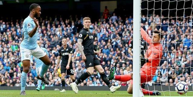 El Manchester City celebra el título con una goleada al Swansea
