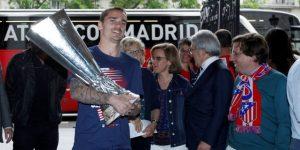 """Atlético festeja Liga Europa con una """"rúa"""" por las calles de Madrid"""