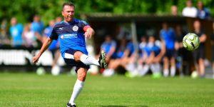 Matthäus se vuelve a vestir de futbolista en su primer club