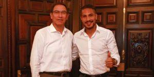 Martín Vizcarra se reunió con Paolo Guerrero y le expresó solidaridad