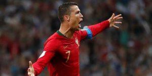 Un hat-trick de Cristiano iguala al orgullo y juego español
