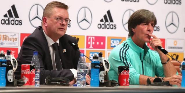Jefe del fútbol alemán: futuro de Löw se decidirá los próximos días
