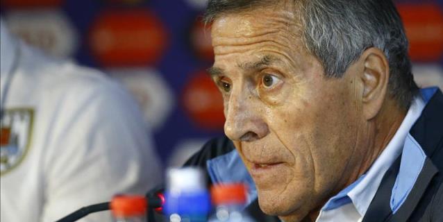 """Tabárez mantendrá su estrategia pero tomará """"precauciones"""" con Salah"""