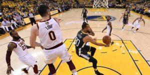 122-103. Curry explota con nueve triples y los Warriors se colocan 2-0