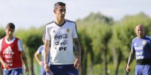 Argentina vuelve a entrenarse en medio de un silencio sepulcral