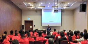Los jugadores peruanos fueron sometidos a charla de bienvenida