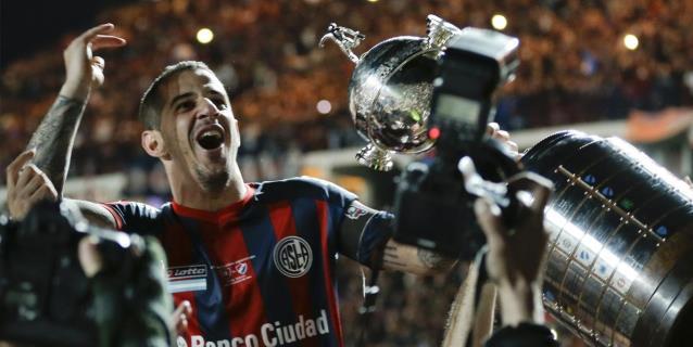 El argentino Leandro Romagnoli, ídolo de San Lorenzo, deja el fútbol