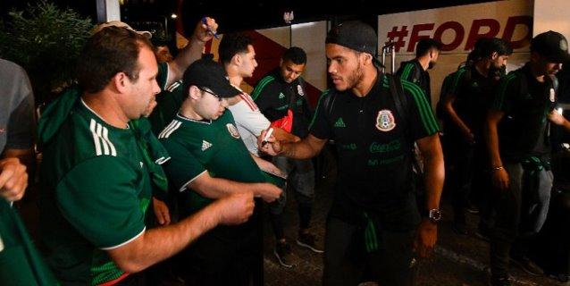 La selección mexicana llega a Dinamarca para última parada antes del Mundial
