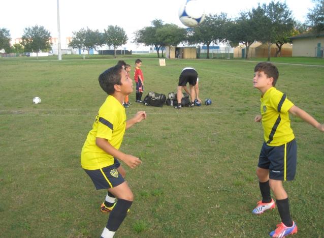 Concentración y dominio de la escena donde participa Rafael 'El Patron' Zelaya junto Michael 'Palermito' Morales. (Foto: Primicia Deportiva.com)
