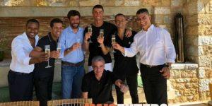 Cristiano brinda con Agnelli y Mendes por su pase a Juventus