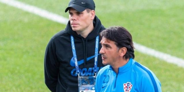FIFA impone multa y despiden a asistente croata por arengas a Ucrania