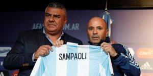 "Jefe del fútbol argentino responde rumores: ""Sampaoli tiene contrato"""
