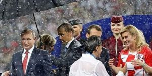 Putin se cubrió con paraguas pero otros mandatarios se empaparon