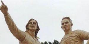 Junto a Paolo Guerrero, Gareca ya tiene su estatua en Perú
