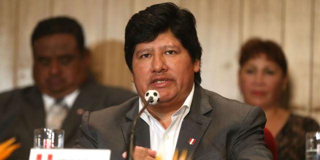 Escándalo en Perú alcanza al presidente de la Federación de Fútbol