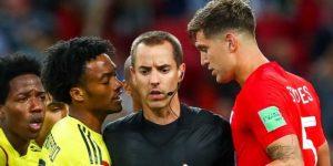 """Defensa inglés dice que Colombia es el """"equipo más sucio"""" que vio"""