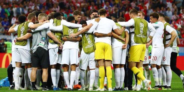 """Shearer y Lineker destacan el """"enorme paso adelante"""" de Inglaterra"""