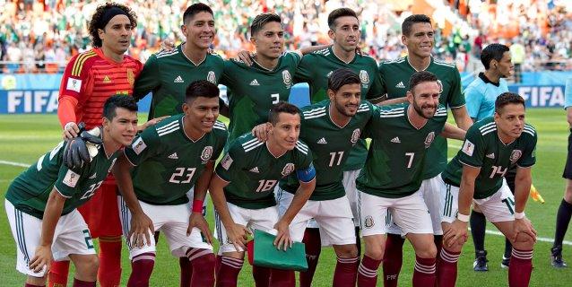 México sale por el milagro ante el Brasil de Neymar y Coutinho
