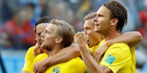 Suecia gana a Suiza y lleva su arrojo a los cuartos de final
