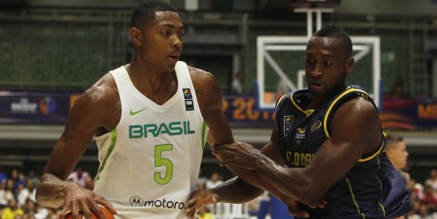 Los Houston Rockets fichan al alero brasileño Bruno Caboclo