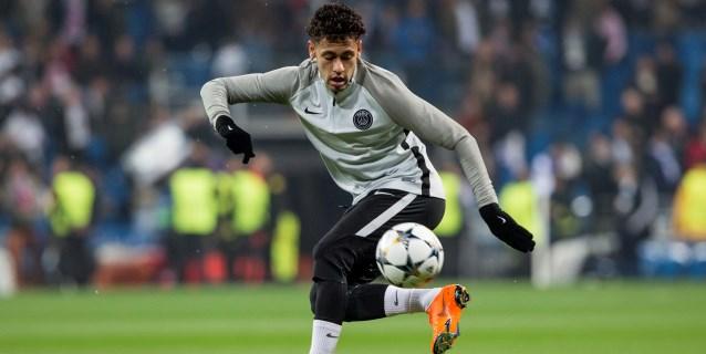 Neymar emigra al centro
