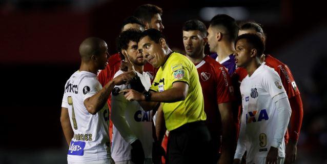 La Conmebol sanciona al brasileño Santos y da la victoria a Independiente por 3-0
