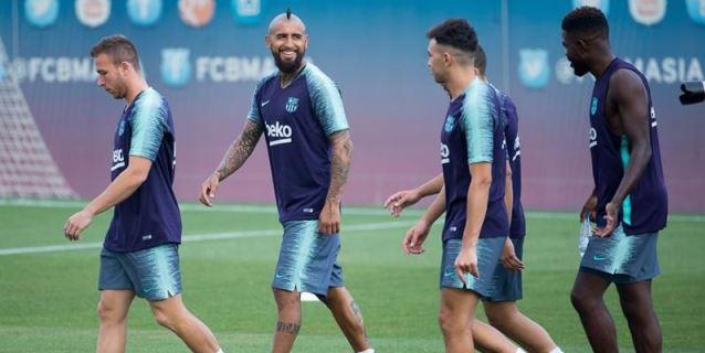 El Barça prepara la Supercopa y la salida de Mina y Gomes a la Premier