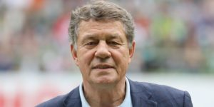 Otto Rehagel, una leyenda alemana recibe el premio por su obra de vida