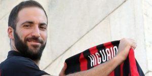 """Higuaín: """"En el Chelsea solo me quería Sarri y en el Milan, todos"""""""