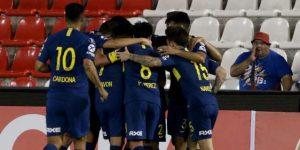 2-4. Boca Juniors golea y se cita con Cruzeiro en cuartos de final