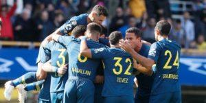 El campeón Boca debuta con un triunfo, mientras River sufre y empata