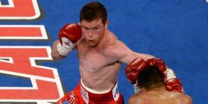 En feroz pelea Álvarez vence a Golovkin y le arrebata los títulos de peso medio