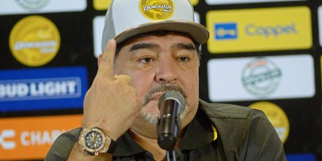 Los Dorados de Sinaloa golean 4-1 al Cafetaleros en el debut soñado de Maradona