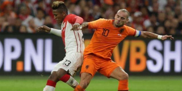 Perú cayó ante Holanda 2-1 en Ámsterdam